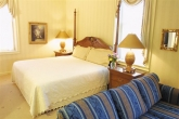 An elegant Hotel Winneshiek guest room.